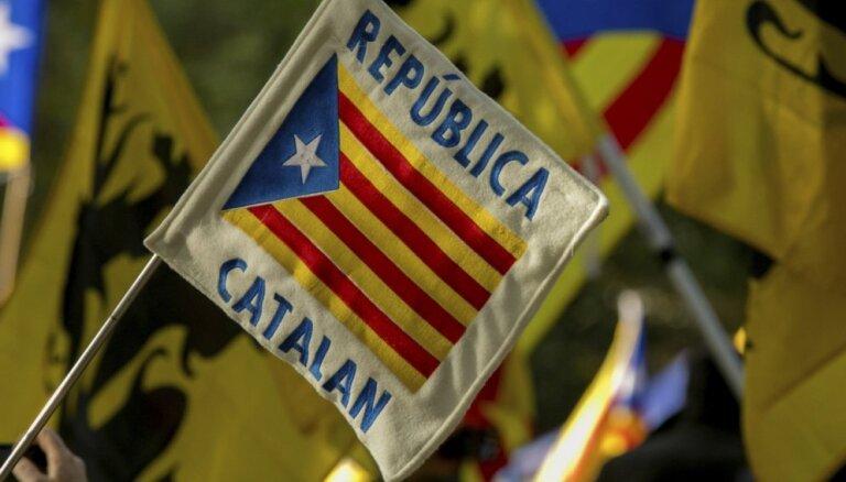 Apcietinātie Katalonijas neatkarības kustības līderi pārtrauc badastreiku