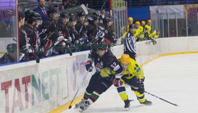 Širokovs un 'Ņeftjaņik' kļūst par VHL čempioniem