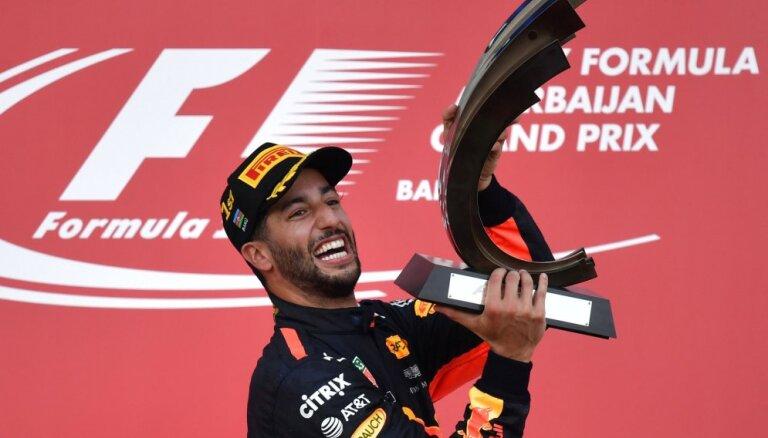 Риккардо выиграл в Баку первый Гран-при в сезоне