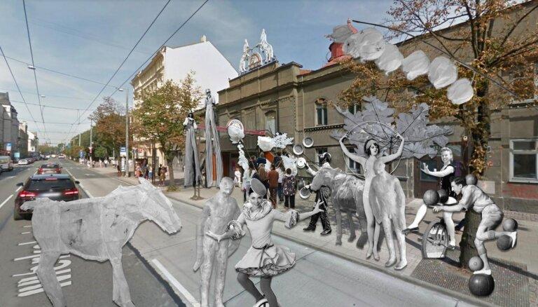 Rīgas centrā un apkaimēs notiek ikgadējā 'Baltā nakts'. Tiešraide beigusies