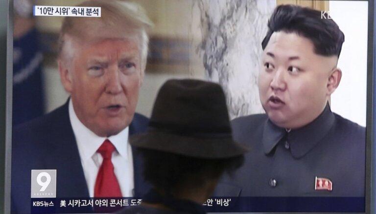 Dienvidkorejas ministrs: ASV prezidents un Ziemeļkorejas līderis apmainījušies 12 vēstulēm