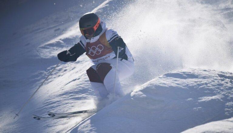 Frīstaila slēpotāja Lafonta sagādā Francijai pirmo zeltu Phjončhanas spēlēs