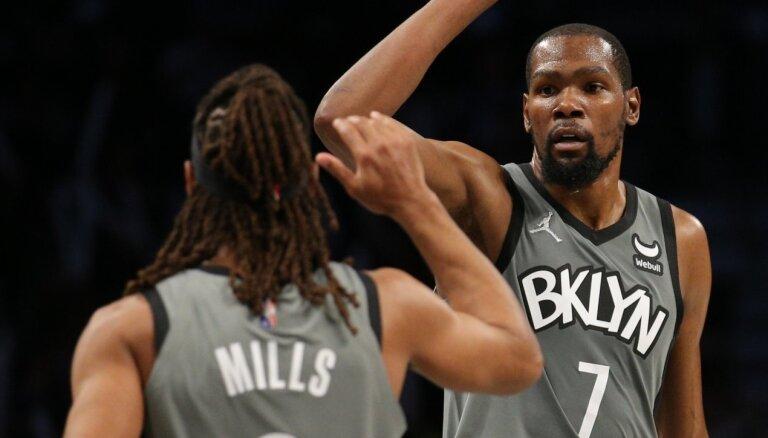 Bertānam klusa spēle, 'Nets' sagādā 'Wizards' pirmo zaudējumu šosezon