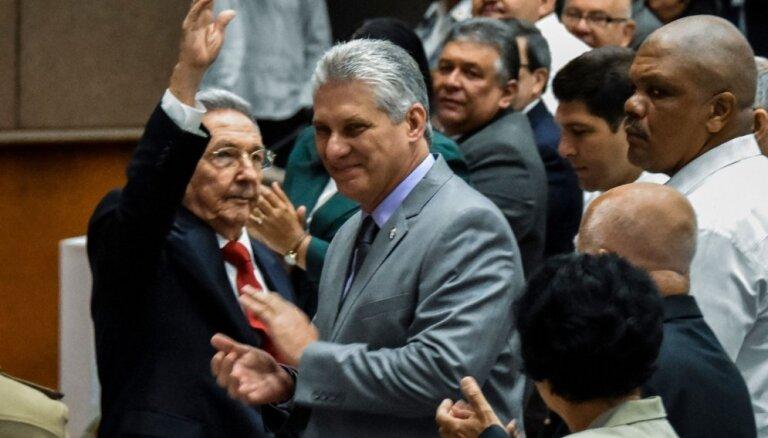Kubas prezidenta amatam izvirza Diasu-Kanelu
