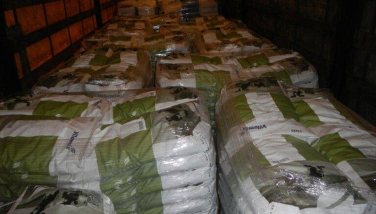 В Подмосковье задержали более 11 тонн кормовых добавок из Латвии