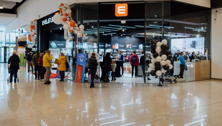 Foto: Ieguldot 250 tūkstošus eiro, atvērts Baltijā lielākais 'Evelatus' veikals