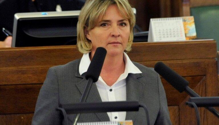 Grigule CVK sniegs vairākus projektus eiro referenduma ierosināšanai