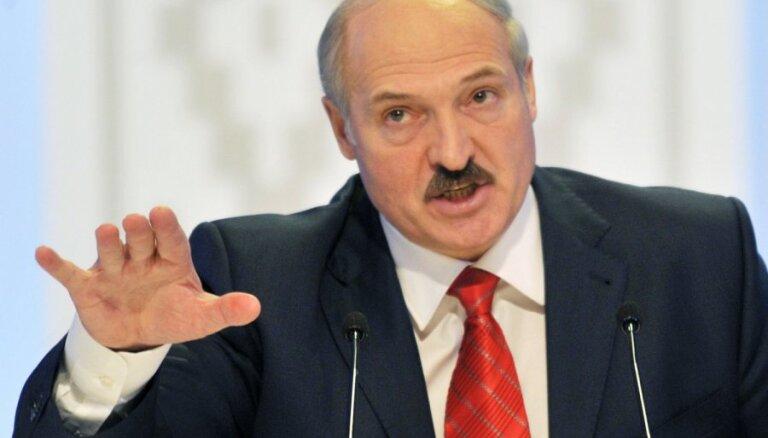 Лукашенко: Литва и Латвия испытывают жуткое давление в связи с санкциями по Беларуси