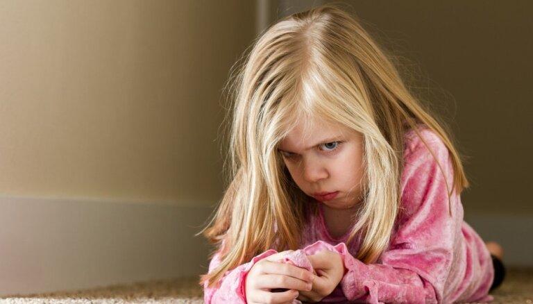 Sišana nav iedarbīgs bērnu disciplinēšanas veids jeb Kādas ir nevardarbīgas audzināšanas metodes