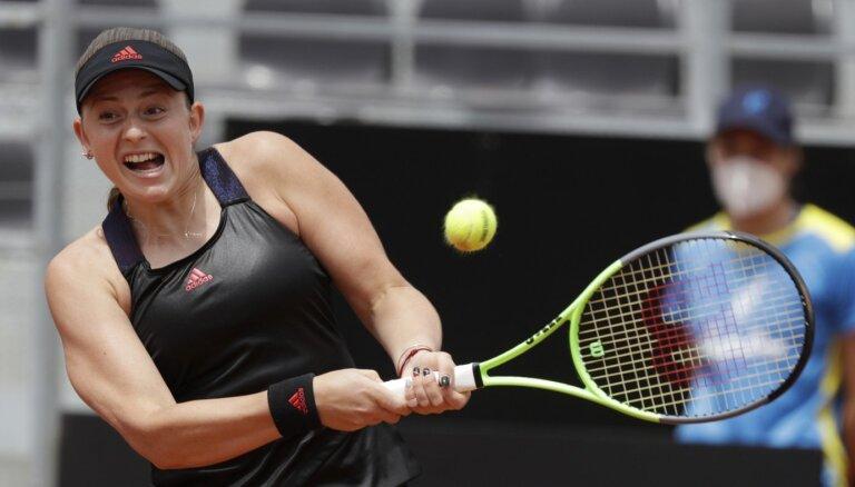 Ostapenko izcilais sniegums neļauj iekļūt Romas turnīra pusfinālā