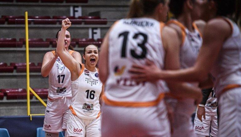 'TTT Rīga' basketbolistes astoto reizi pēc kārtas kronētas par Latvijas čempionēm