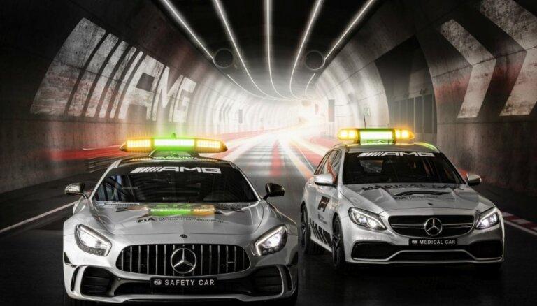 Foto: F-1 čempionāts saņēmis jaunas, jaudīgas 'Mercedes' drošības mašīnas