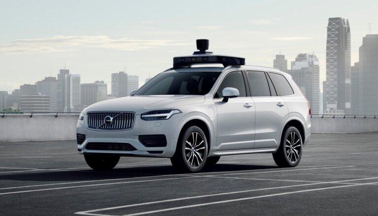 'Volvo' un 'Uber' prezentē ražošanai gatavu autonomās braukšanas 'X90'