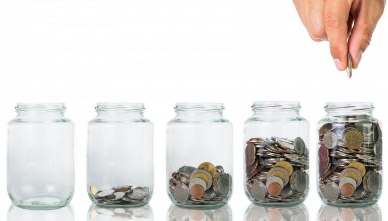 Uzņēmējs: būtu lietderīgi pensiju ieguldījumu plāni arī ar 100% akciju īpatsvaru