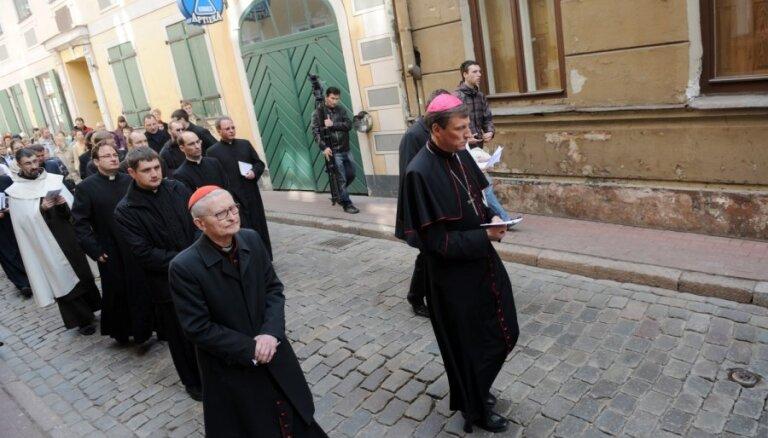 Епископы: один государственный язык — вопрос справедливости