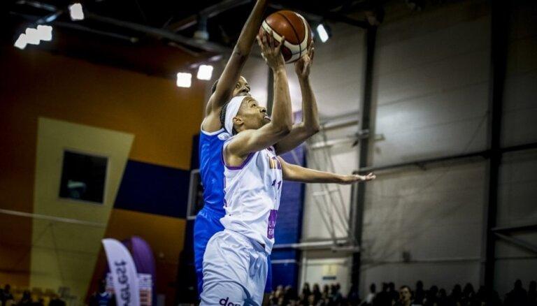"""'TTT Rīga' basketbolistes FIBA Eirolīgas mačā piekāpjas Šopronas """"Uniqua"""""""