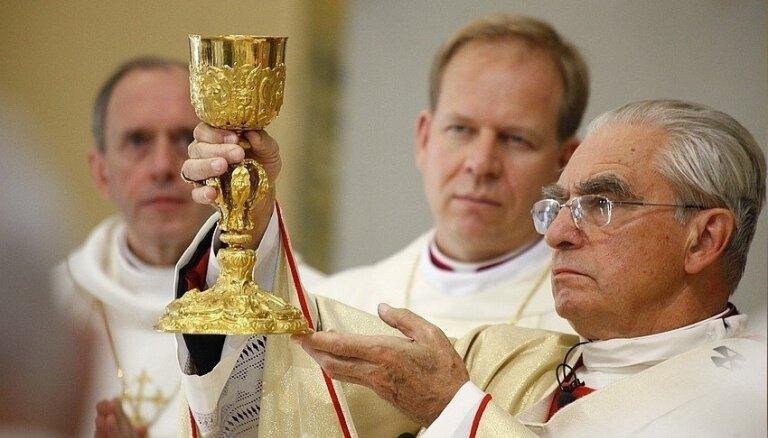 No amata atkāpies Viļņas arhibīskaps