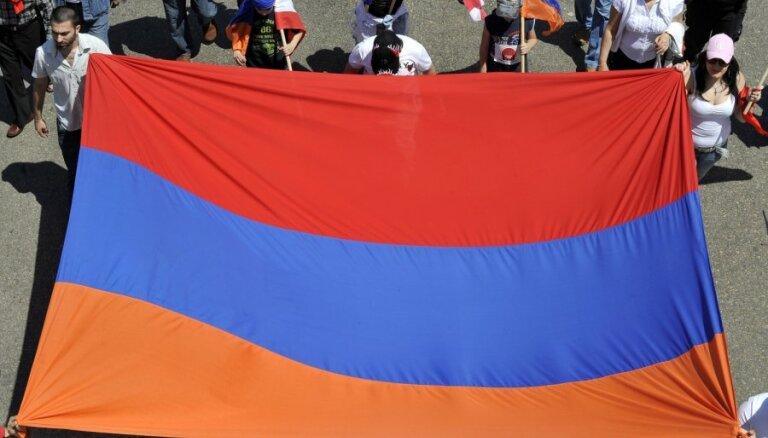 Armēnija pārtrauc diplomātiskās attiecības ar Ungāriju