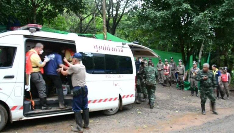 Glābšanas operācija Taizemē