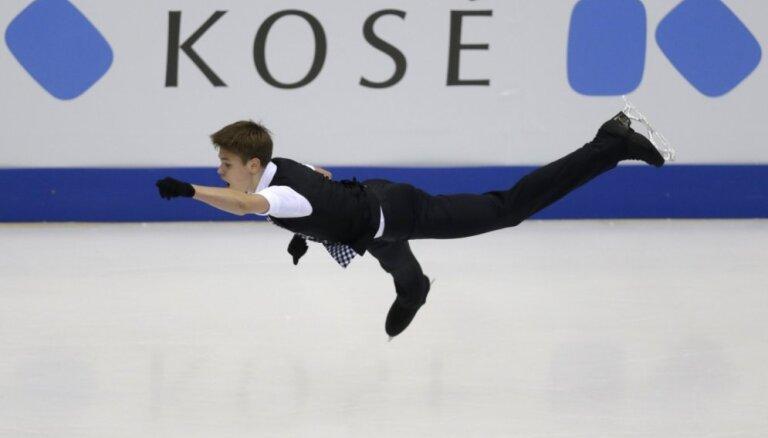 Денис Васильев стартовал на чемпионате мира с персональным рекордом