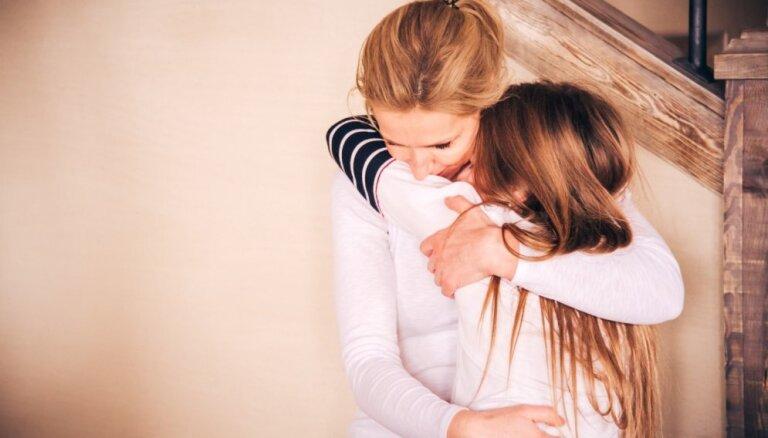 Vecāku teiktais 'Nedrīkst!' netiek apspriests jeb maza pamācība pusaudžu audzināšanā