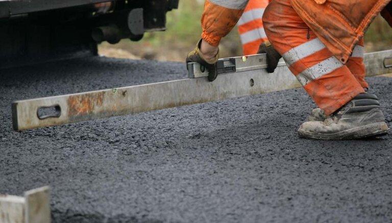 Sākušies būvdarbi Tallinas šosejas posmā; noteiks ātruma ierobežojumus