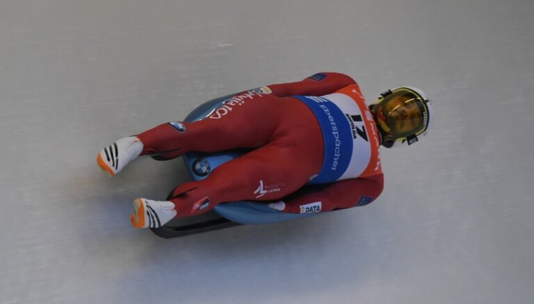 Kamaniņu braucējs Kivlenieks Siguldā izcīna ceturto vietu Eiropas čempionātā