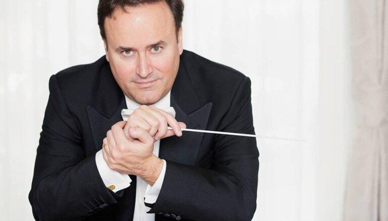 LNSO sezonas noslēguma koncertā muzicēs kopā ar Karelu Marku Šišonu un Vestardu Šimku