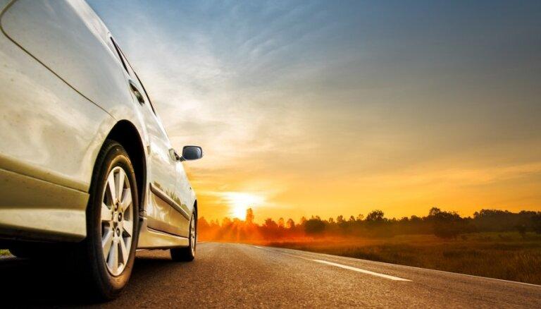 Plāno ceļojumu ar automašīnu? Četri ieteikumi, lai ceļojums būtu izdevies