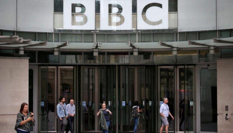 BBC līdzstrādnieces prasa novērst nevienlīdzību vīriešu un sieviešu atalgojumā