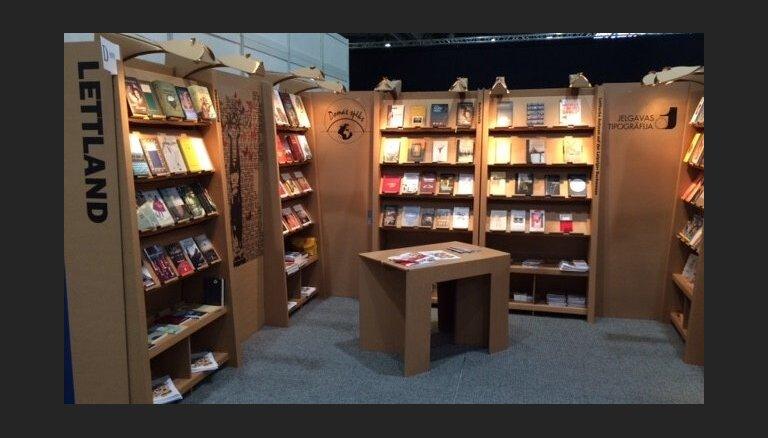Latvijas rakstnieki piedalās Leipcigas grāmatu tirgū un lasījumos Berlīnē