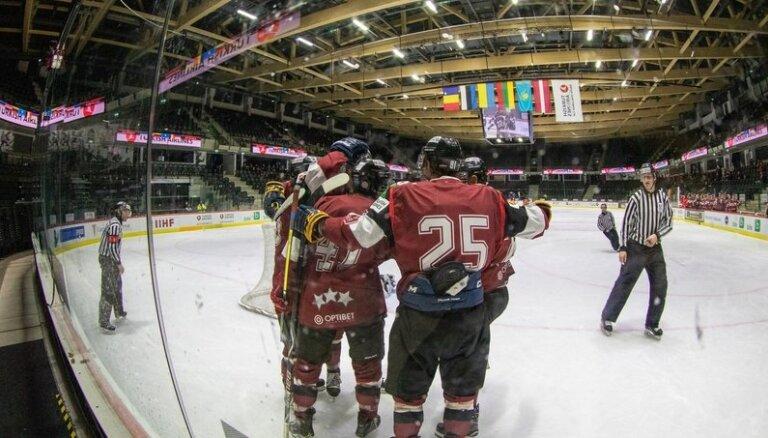 Latvijas klubu hokeja izlase triumfē Baltijas Izaicinājuma kausā