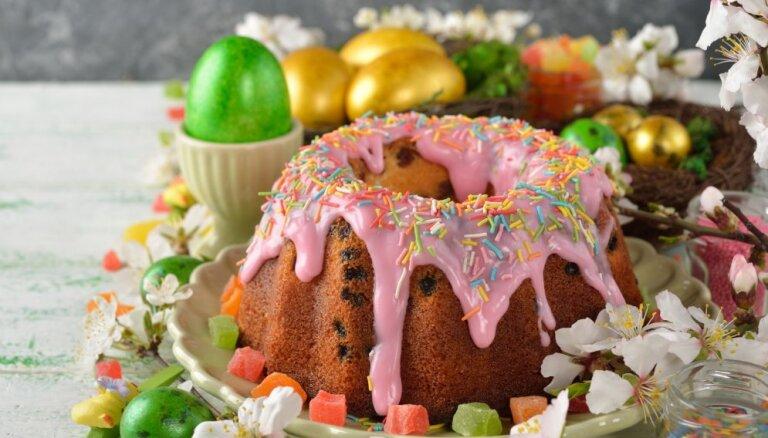 Gardi, poraini un vienkārši pagatavojami: 20 kēksu receptes Lieldienu brīvdienām