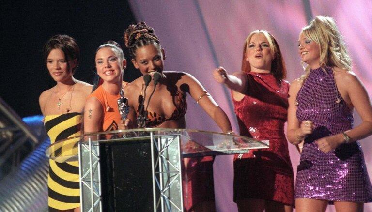 Pagātnes noslēpumi: starp divām 'Spice Girls' dalībniecēm bijis intīms sakars
