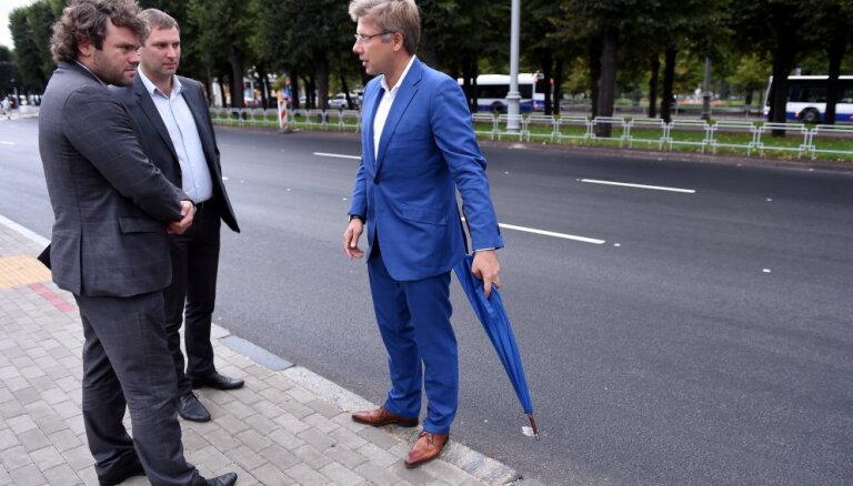 Rīgā ir arī veiksmīgi realizēti ielu infrastruktūras projekti, taisnojas Satiksmes departaments