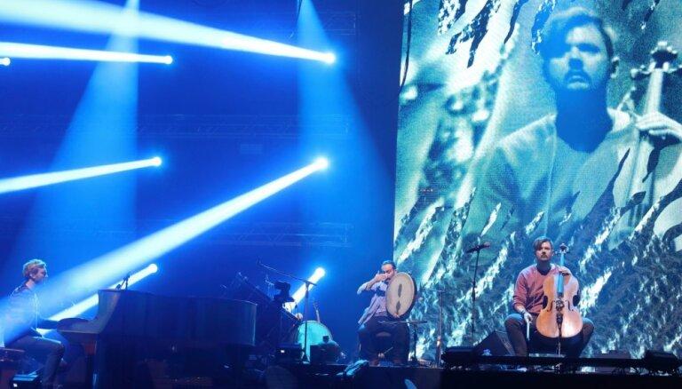 Foto: 'Dagamba' iesildās Arēnas lielkoncertam