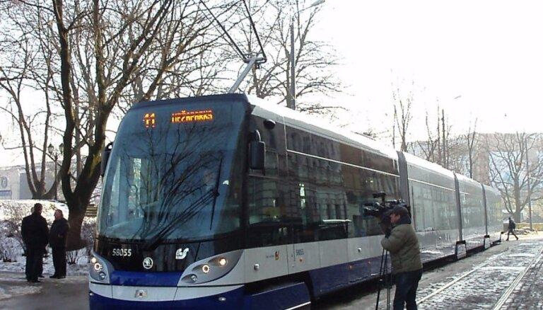 Vairāki EP deputāti aicina nekavējoties apturēt Skanstes tramvaja līnijas projektu