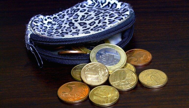 27% iedzīvotāju investīcijām gatavi mēnesī atvēlēt līdz 20 eiro; 29% nevar atvēlēt nevienu eiro