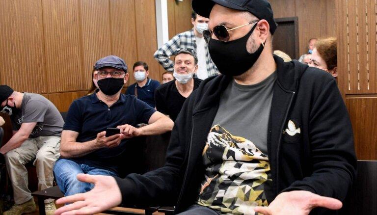 Maskavas tiesa režisoru Serebreņņikovu atzīst par vainīgu krāpšanā