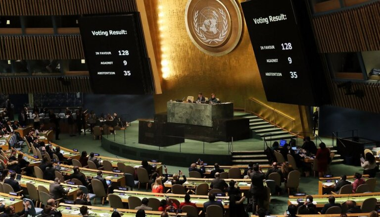 ANO Ģenerālā asambleja atbalsta Globālo migrācijas paktu