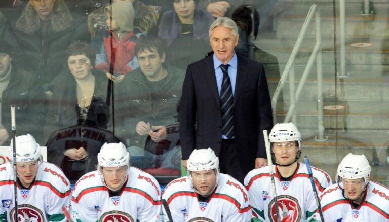 Билялетдинов не включил в состав Морозова и Зарипова на этап Евротура
