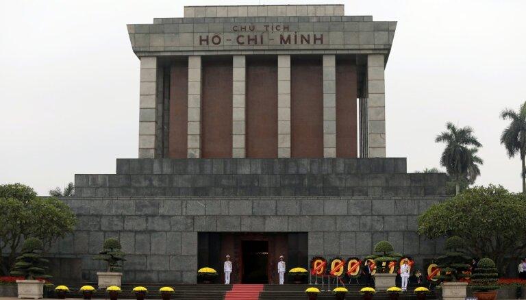 Krievijas eksperti atkal steigs palīgā saglabāt Ho Ši Mina mūmiju