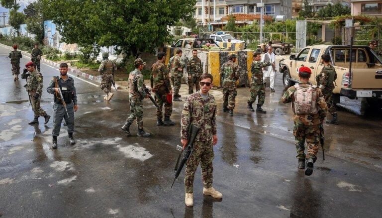 Pašnāvnieka uzbrukumā pie militārās akadēmijas Kabulā seši bojāgājušie