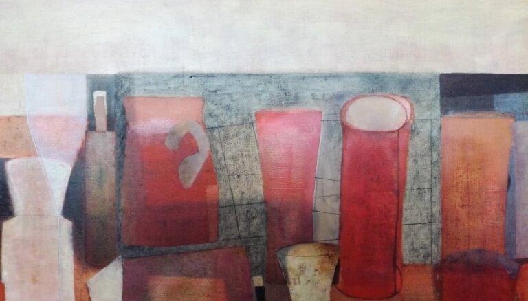 Aizsaulē aizgājusi māksliniece Māra Vaičunas
