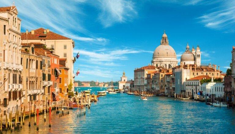 Venēcija, Parīze vai Havaju salas – iecienītākās vietas bildinājuma izteikšanai