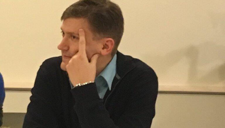 """""""Согласие"""" объяснило, почему голосовало """"против российских школ в Латвии"""""""