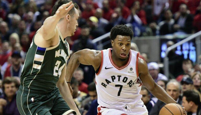 'Raptors' ar drošu uzvaru izlīdzina rezultātu NBA Austrumu konferences finālā