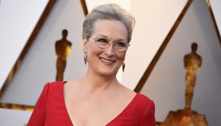 'Oskara' nomināciju rekords un 40 gadi laulībā: Merilas Strīpas veiksmes stāsts