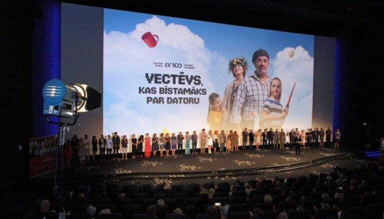 'Vectēvs' apsteidz 'Emodži'. Pirmo simtgades filmu apmeklējuši gandrīz 35 000 skatītāju