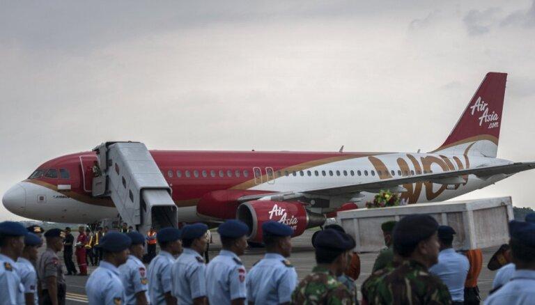Индонезия: самолет AirAsia слишком быстро набрал высоту